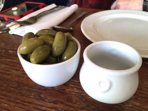 olives st jonh bread and wine londres