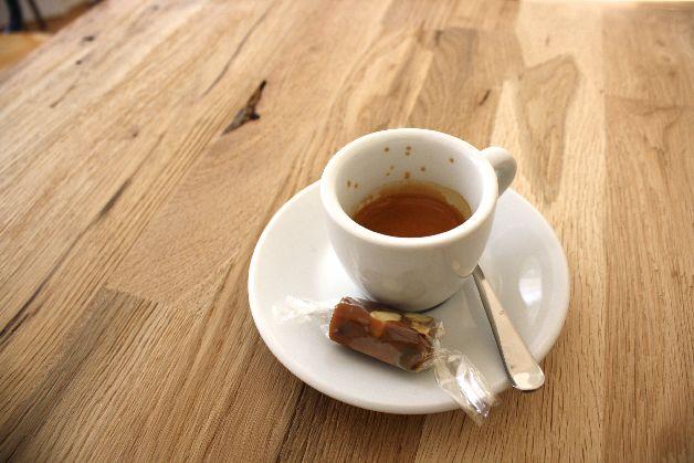 espresso hexagone cafe paris