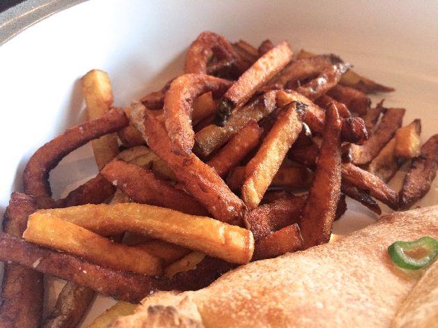 frites en detail rococo paris