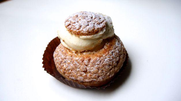 chou vanille caramel au beurre salé boulangerie bo paris