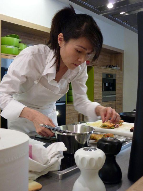 Table d couvert fumiko kono ecole alain ducasse table d couvert - Cours de cuisine londres ...